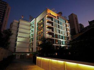 曼谷奧克伍德素坤逸24酒店