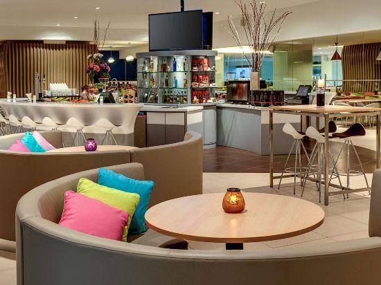 吉隆坡宜必思尚品弗拉斯爾商務園酒店(Ibis Styles Kuala Lumpur Fraser Business Park)酒吧