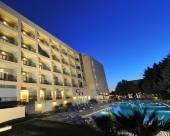 海里尼斯酒店