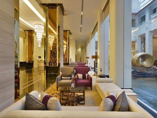 隆齊中間點大酒店(Grande Centre Point Hotel Ploenchit)公共區域