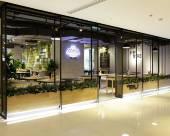 曼谷莎瑪阿索克湖景服務式公寓