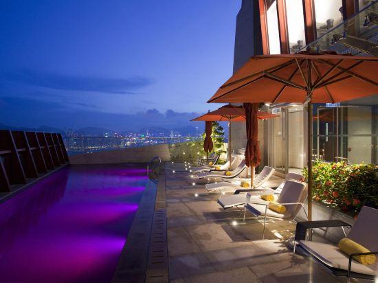如心艾朗酒店(L'hotel élan)室外游泳池