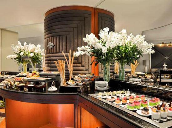 曼谷瑞士奈樂特公園酒店(Swissotel Nai Lert Park Bangkok)瑞士商務行政房