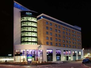 智選假日倫敦紐伯里公園酒店(Holiday Inn Express London - Newbury Park)