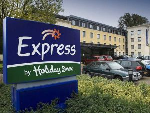 巴斯智選假日酒店(Holiday Inn Express Bath)