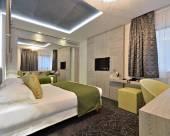 塞尚温泉酒店