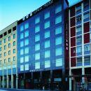 烏納博洛尼亞酒店