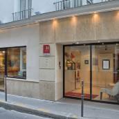 金獅盧浮宮酒店
