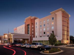聖路易斯森林公園歡朋酒店及套房(Hampton Inn & Suites St. Louis at Forest Park)