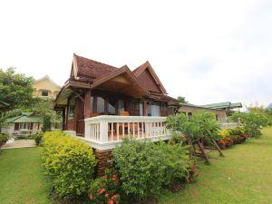 撒翁索克度假酒店(Thavonsouk Resort)