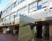 盧米埃爾精品酒店