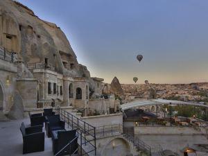 大臣巖洞套房酒店(Vezir Cave Suites)