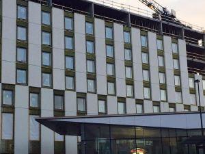 赫爾辛基克拉麗奧機場酒店(Clarion Hotel Helsinki Airport)
