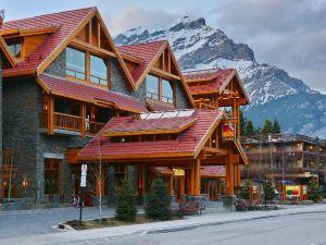 班夫穆斯套房酒店(Moose Hotel & Suites Banff)
