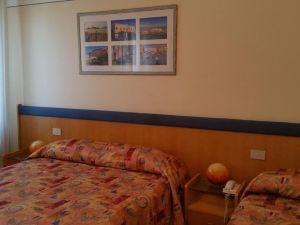蒙特皮納酒店(Hotel Montepiana)
