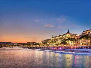 戛納克魯瓦塞特海灘美居酒店