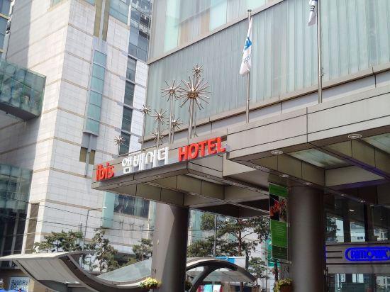 明洞大使宜必思酒店(Ibis Ambassador Myeongdong)外觀