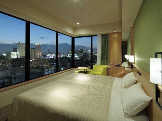 大阪難波光芒酒店(Candeo Hotels Osaka Namba)轉角雙床房