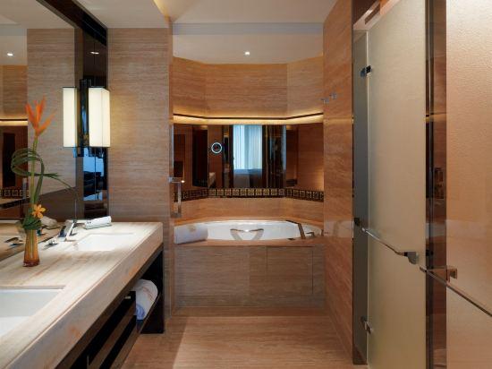 香港麗思卡爾頓酒店(The Ritz-Carlton Hong Kong)豪華客房