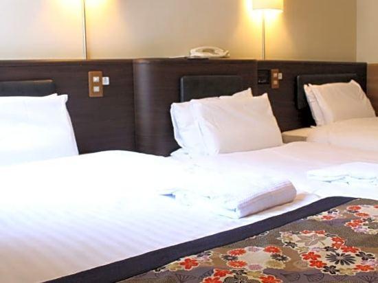 道頓堀酒店(Dotonbori Hotel)三人房