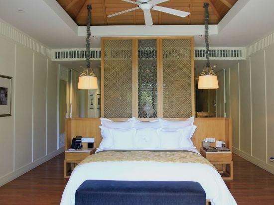 華欣洲際度假酒店(InterContinental Hua Hin Resort)洲際俱樂部特大床套房