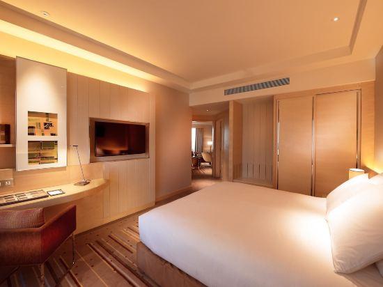 新山希爾頓逸林酒店(Doubletree by Hilton Johor Bahru)一卧室豪華套房