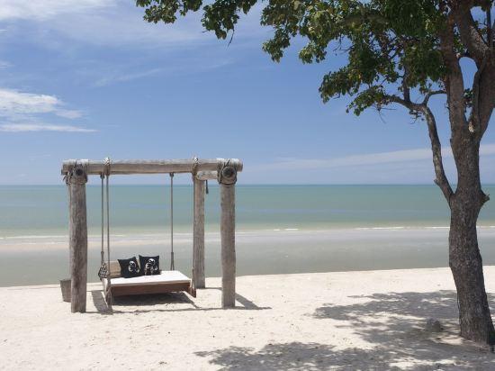 華欣莫維皮克阿薩拉水療及度假酒店(Mövenpick Asara Resort & Spa Hua Hin)私人海灘