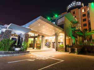 坦布O.R高級酒店(Premier Hotel O.R.Tambo)