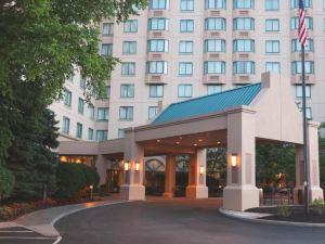 哥倫布喜來登套房酒店(Sheraton Suites Columbus)