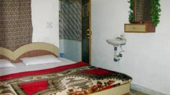 Hotel Saniya Palace