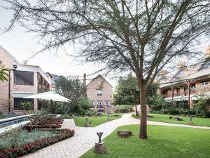 庫特曼美麗城市酒店