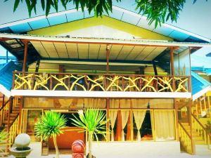 巴拉望艾爾尼多全季海灘度假村