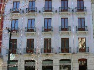格蘭大街17號套房公寓(Habitat Suites Gran Vía)
