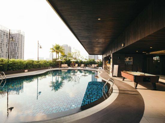曼谷財富美爵酒店(Grand Mercure Bangkok Fortune)室外游泳池