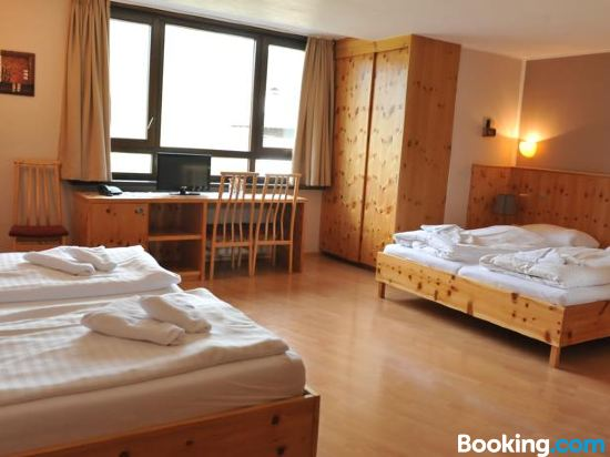 Biker Hotel Al Gallo Forcello, Hotel reviews, Room rates and Booking ...