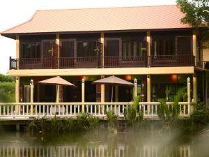 River Jam Amphawa