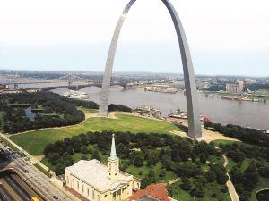 希爾頓聖路易斯市區酒店(Hilton St. Louis Downtown at The Arch)