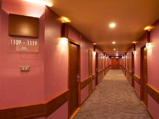 曼谷查達酒店(Bangkok Cha-Da Hotel)高級房