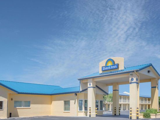 Book deming hotels with spa from sgd 51 for Grand motor inn deming