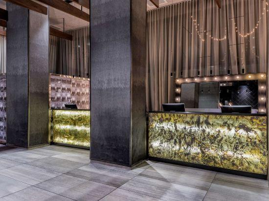 紐約時代廣場西希爾頓逸林酒店(Doubletree by Hilton New York Times Square West)公共區域