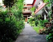 巴厘島瓦爾納科達頓會議中心酒店
