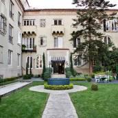 聖莫妮卡帕里豪斯酒店