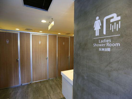 台中巧合大飯店(Chance Hotel)女性宿舍間的1張床位