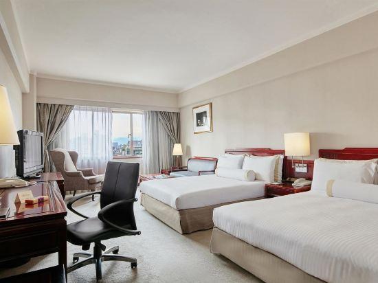 台北福華大飯店(Howard Plaza Hotel)豪華雙床客房