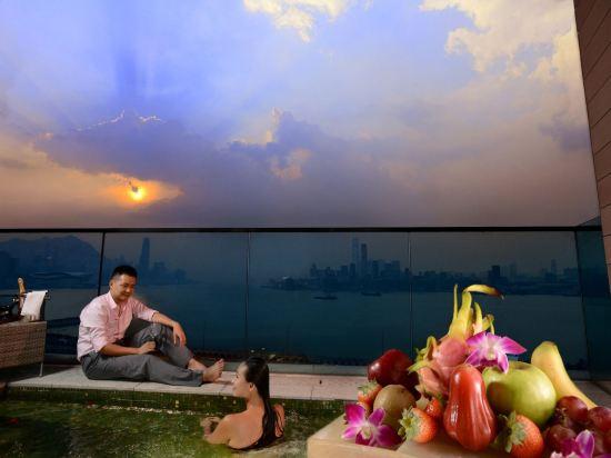香港港島海逸君綽酒店(Harbour Grand Hong Kong)海港景尊貴特大號床間 - 帶露台