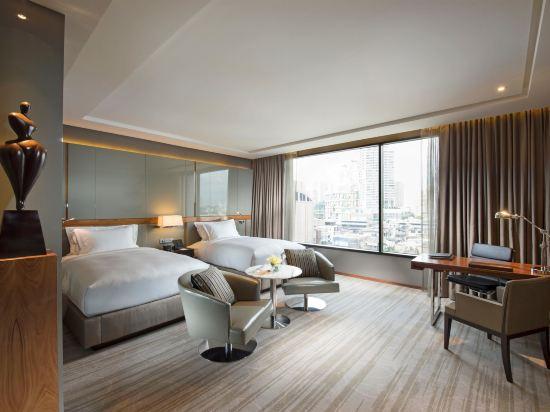 曼谷素坤逸希爾頓酒店(Hilton Sukhumvit Bangkok)行政房