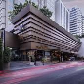 曼谷素坤逸11號美居酒店