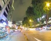 新加坡165酒店