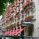 雅典娜廣場酒店(Hotel Plaza Athenee Paris)