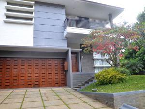 萬隆阿斯利達戈私人泳池別墅(Asri Villa Dago Private Pool Bandung)